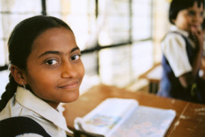 Schoolgirl_Pune_India
